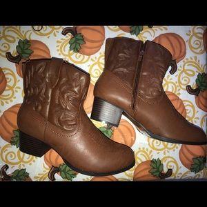 New Torrid cowboy boots size 11